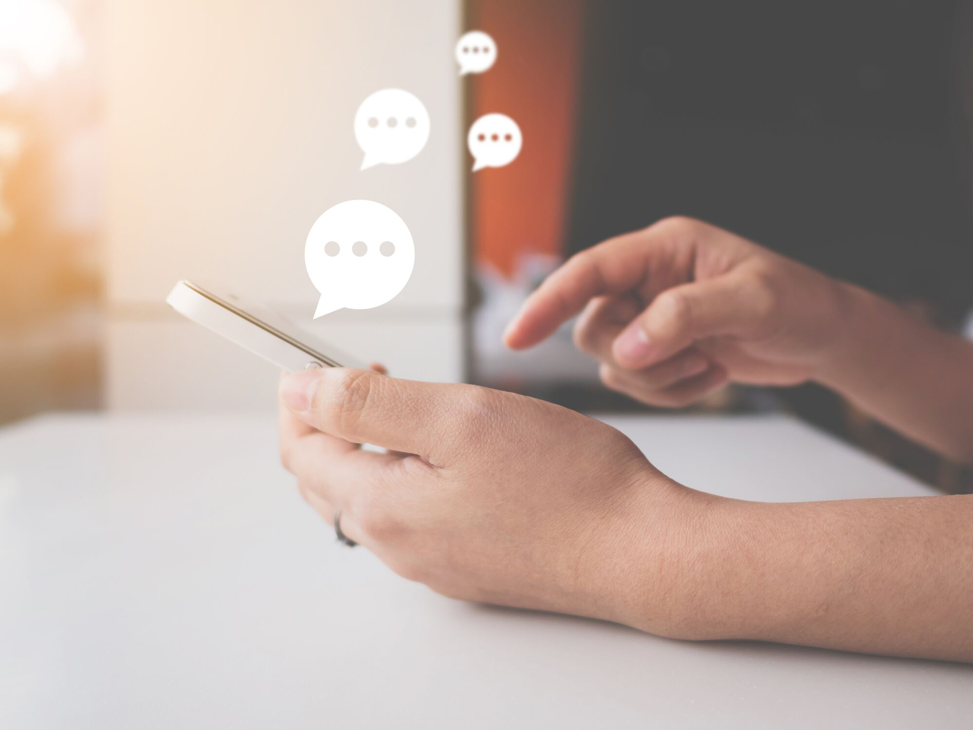 3 Ways a Live Chat Service Provider Can Help Marketing Agencies Look Better